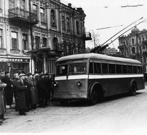 trolleybus-na-lva-tolstogo